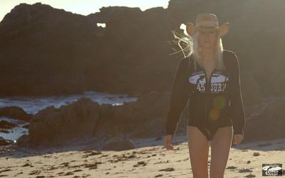 45surf Swimsuit Bikini Model Goddess