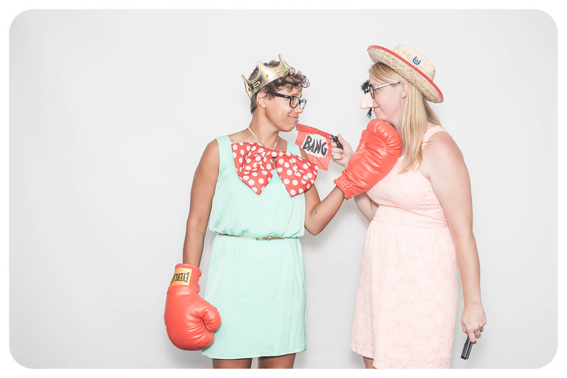 Laura+Ross-Wedding-Photobooth-052.jpg