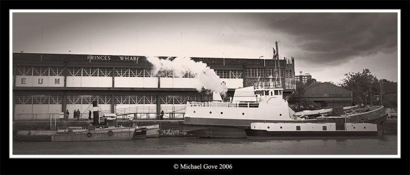 Bristol steamer (68400214).jpg