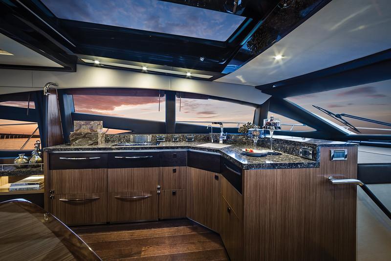 2015-590-Express-Interior-Galley.jpg