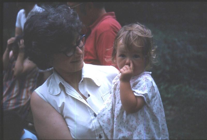 Mom's 90th BD pics 054.jpg
