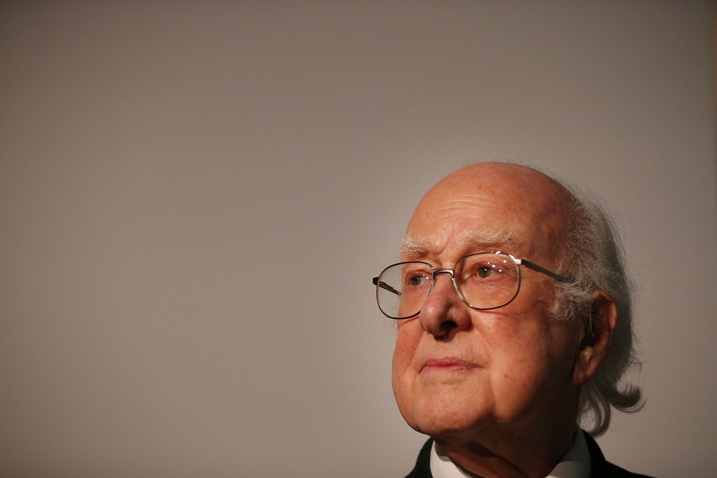 . Professor Peter Higgs visits the Science Museum\'s \'Collider\' exhibition on November 12, 2013 in London, England.  (Photo by Peter Macdiarmid/Getty Images)