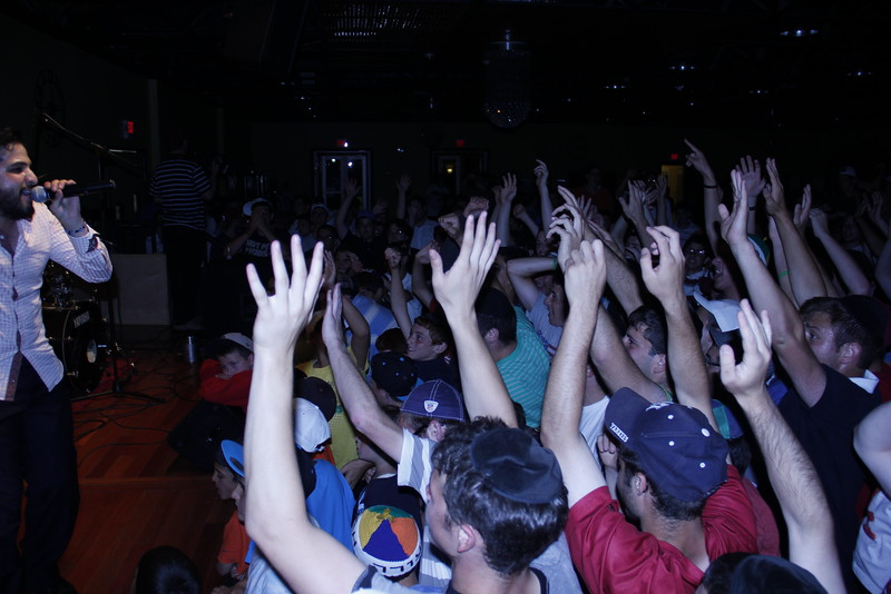 kars4kids_thezone_camp_boys_concert (22).JPG