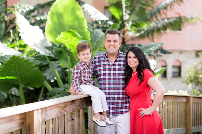 Holiday 2020 Tempone Family-3.jpg