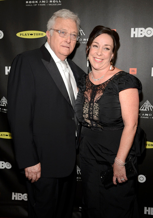 . Inductee Randy Newman and wife Gretchen arrive at the 2013 Rock and Roll Hall of Fame induction ceremony in Los Angeles April 18, 2013.   REUTERS/Phil McCarten