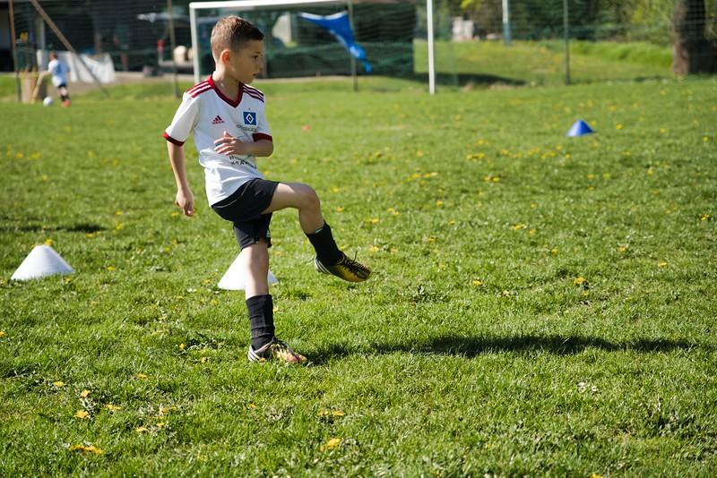 hsv-fussballschule---wochendendcamp-hannm-am-22-und-23042019-u56_40764452173_o.jpg