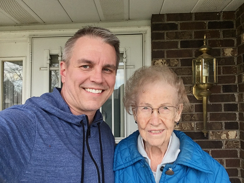 2017.04.01 - Tod & Grandma at her house