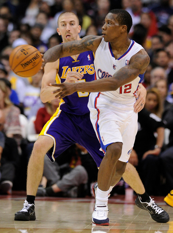 . Lakers #5 Steve Blake and Clippers #12 Eric Bledsoe. The Clippers defeated the Lakers 97 to 91 in a pre-season game played at Staples Center. Los Angeles, CA 10/24/2012 (photos by John McCoy/Los Angeles Daily News)