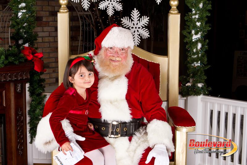 Santa Dec 8-178.jpg
