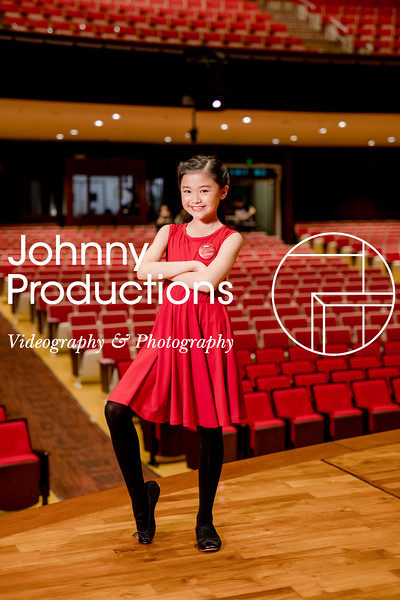 0053_day 1_SC junior A+B portraits_red show 2019_johnnyproductions.jpg