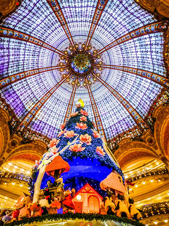 Holiday season at Galeries Lafayette