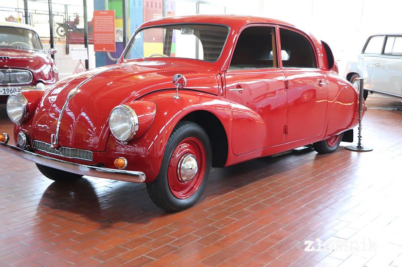 lane-motor-museum-228.JPG