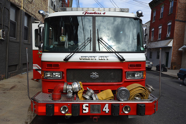 Jersey City, NJ - Squad 4/Rescue 1