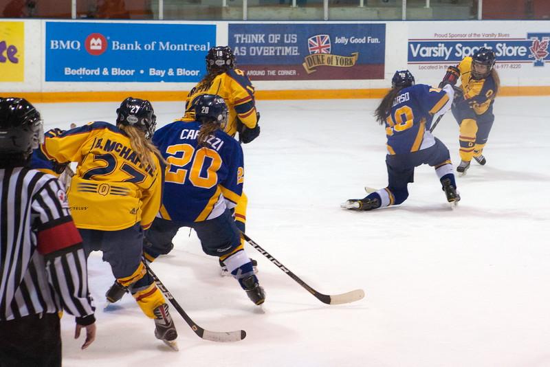 20130310 QWHockeyvsUBC 504.jpg