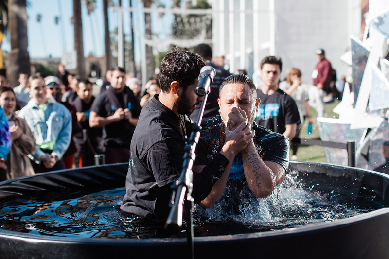 2018_12_30_HollywoodBaptisms_10am_NL-16.jpg