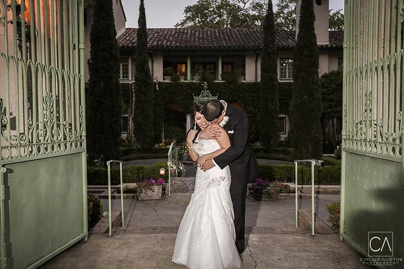 CAP-2014-Katherine-Josh-Wedding-Mr-Mrs-1135.jpg