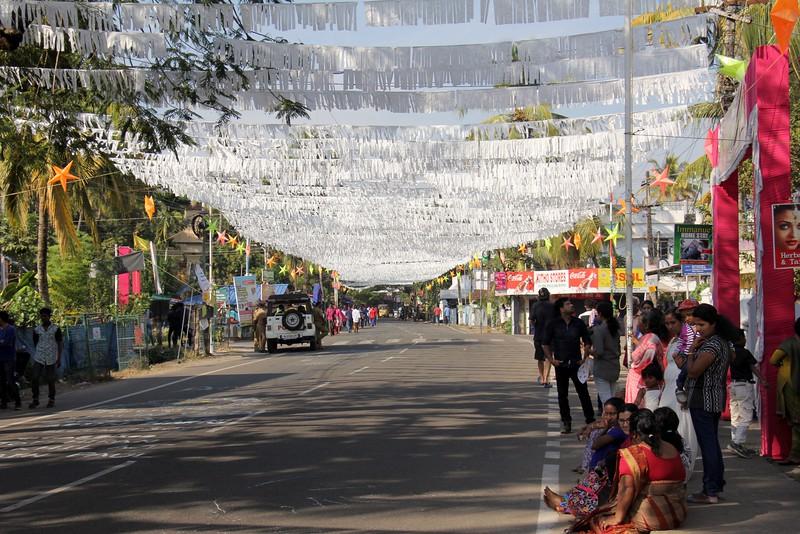 Waiting for the New Year's Day parade - Kochin, Kerala