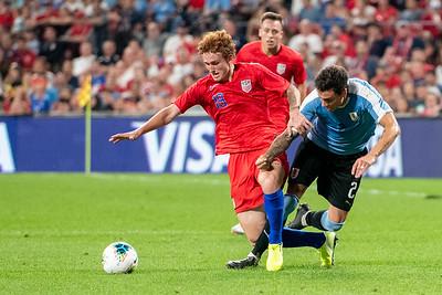 USA hosts Uruguay