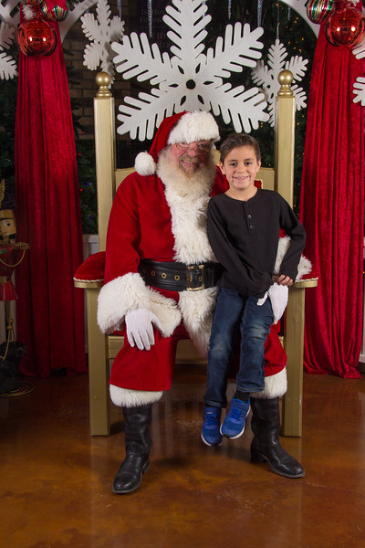 Santa 12-16-17-3.jpg