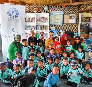 2016 Tomorrow is in the Hands of the Children Visit