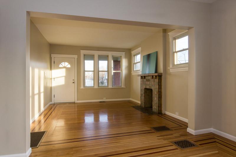 4011-Jefferson-Living_Room-21.jpg