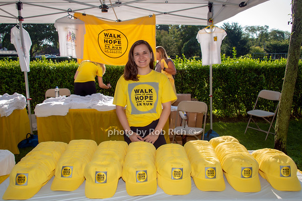 WALK of HOPE 5K Run in Southampton on 8-5-18. photo by D.Gonzalez for Rob Rich copyright 2018 516-676-3939 robrich101@gmail.com