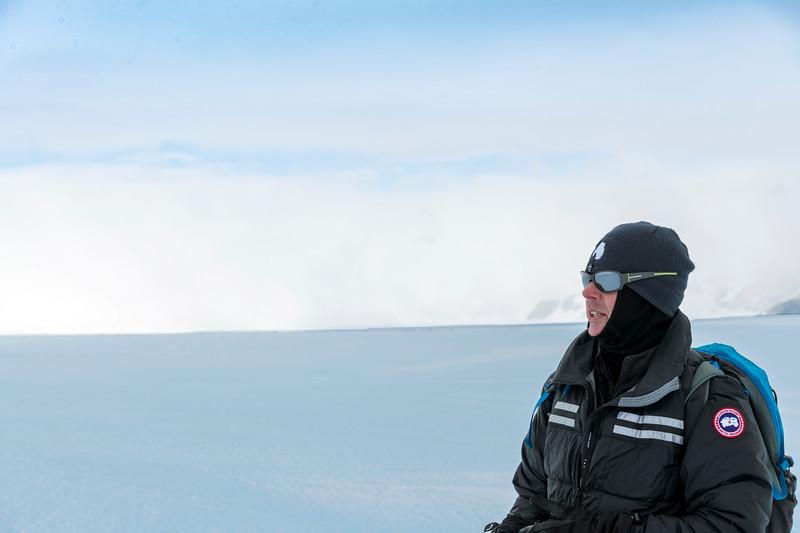 Drake Icefall -1-8-18085486.jpg
