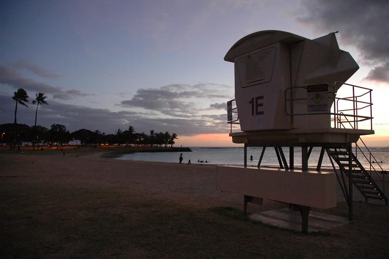 Hawaii - Ala Moana Beach Sunset-199.JPG