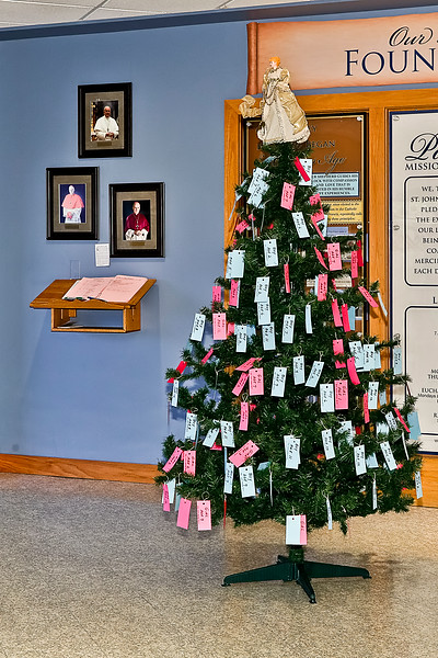 2014-12-01 Giving Tree