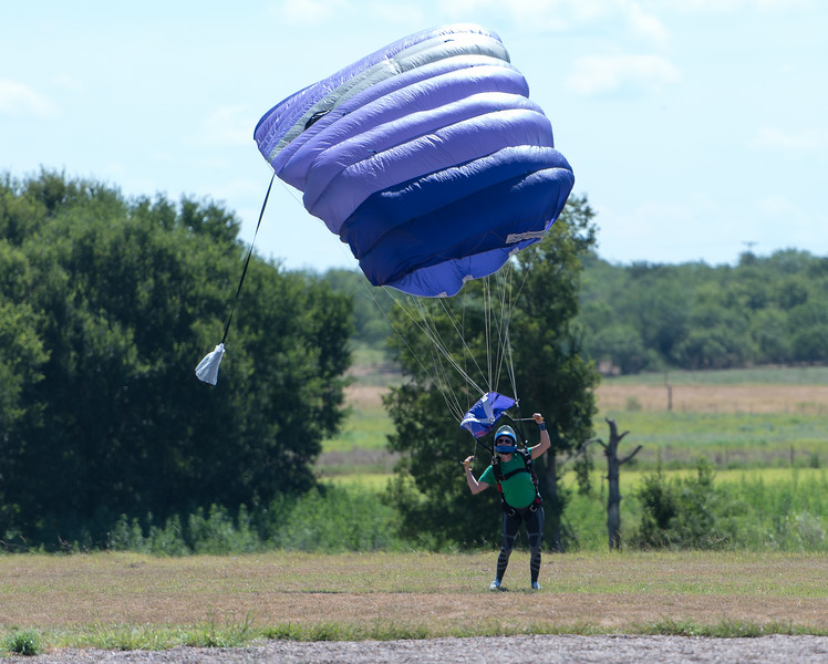 SkydivingEdited-10.jpg
