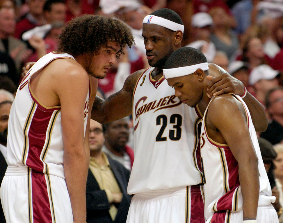. Lebron James tries to pump his his teammates Anderson Varejao and Daniel Gibson in the fourth quarter of Game 4 of the NBA finals against the Spurs.