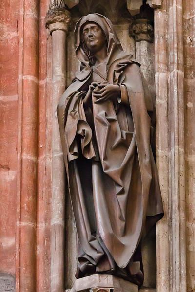 Nürnberg. St. Sebald: Maria über Volckamer-Epitaph (Veit Stoß, 1499)