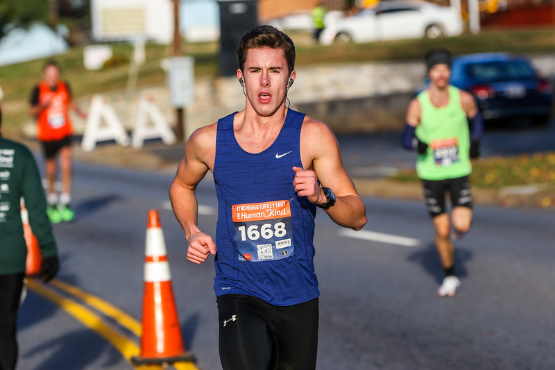 2019 Lynchburg Turkey Trot 159.jpg