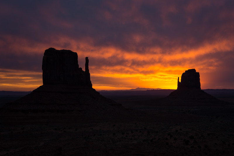 Mittens_Sunrise_Red_Hank_Blum_Photography.jpg