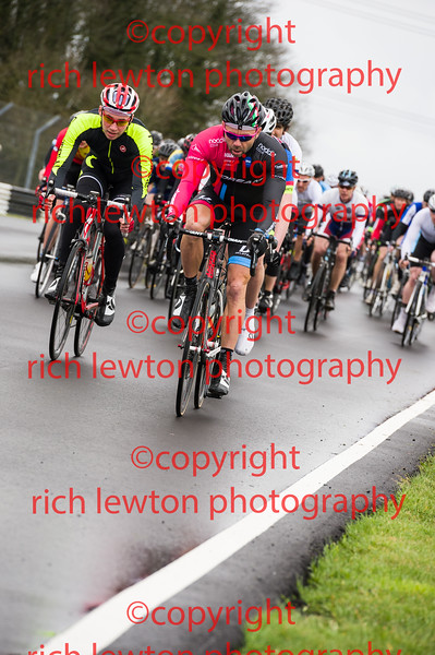 Castle Combe Easter Classic - 4th Cat Race