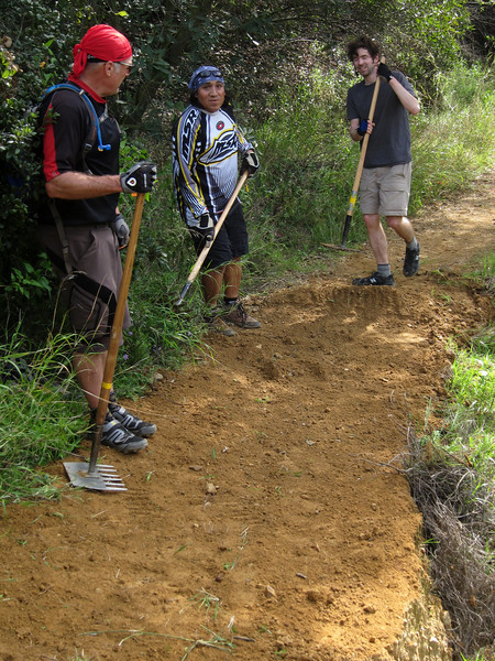 20100130095-Backbone Trail CORBA Trailwork.JPG