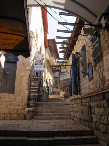 25-passageway
