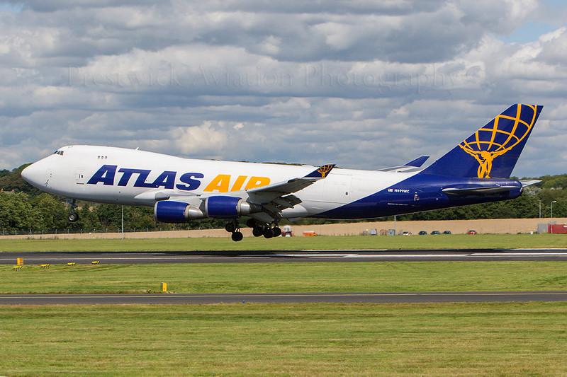 N499MC. Boeing 747-47UF/SCD. Atlas Air. Prestwick. 090807.
