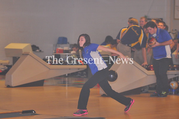 12-04-17 Sports O-G @ Defiance Bowling
