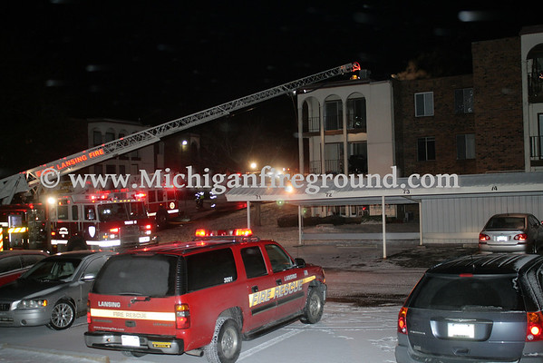 1/31/13 - East Lansing apartment building fire, 241 Rampart Way