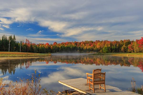 Reflets sur un lac en Estrie