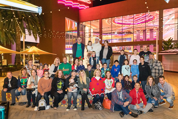 2018-12-07 The Grinch outing