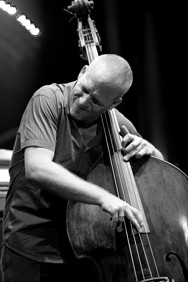 Avishai Cohen at Jazz à Juan 2015 5