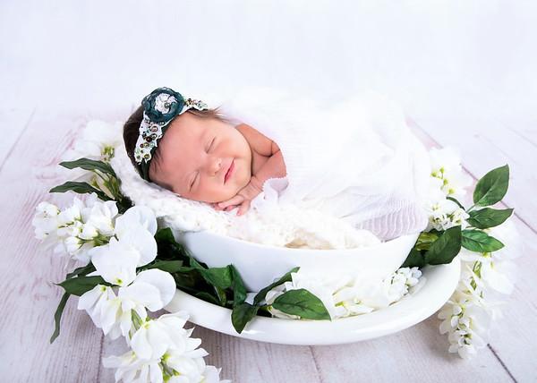 Faith Newborn 2019