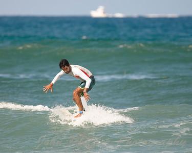 Surfing Juno Beach Pier 09/05/16