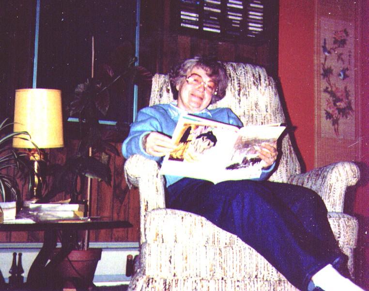 Bonnie at Dave's House -1.jpg