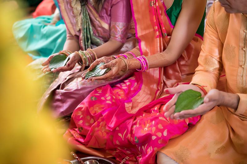 Hina_Pithi_Pooja-411.jpg