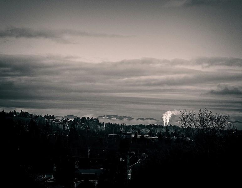 valley sunrise on a grey day b&w 2020