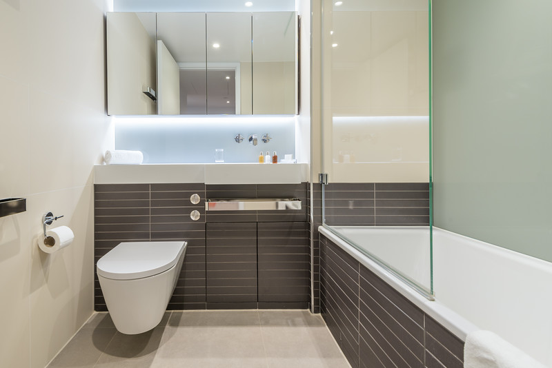 20180123 - pkp - UTDM - Pearce House - Bathroom 1 - 1.jpg