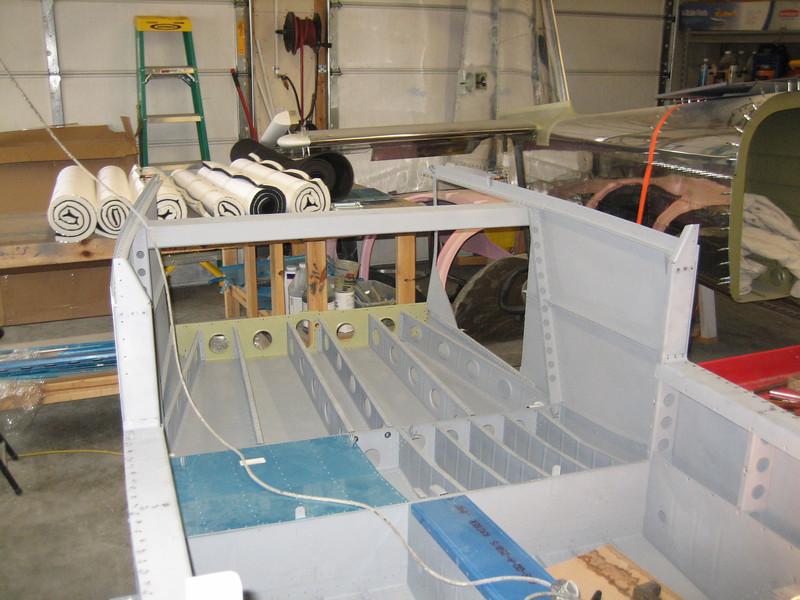 fuselage side skins 077.JPG
